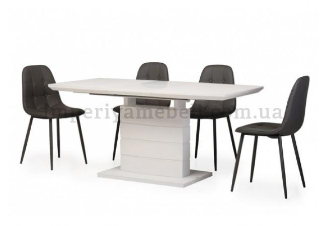 На фото Кухонный стол