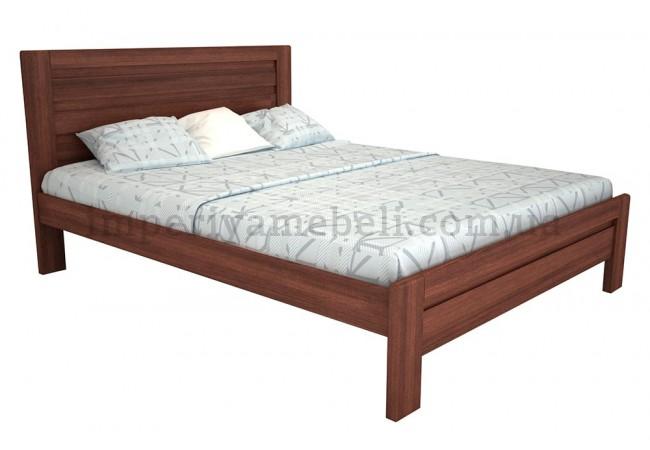 На фото Кровать